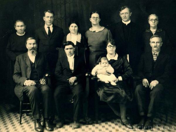 Four Generations of Jenereaux's