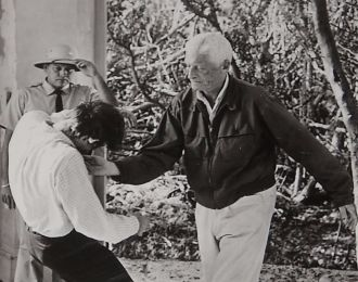 Laszlo Benedek directing
