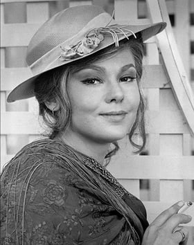 A photo of Barbara Harris