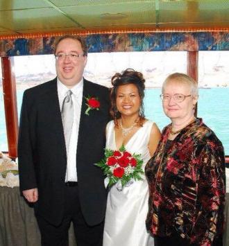Daniel Reinert's wedding photo.