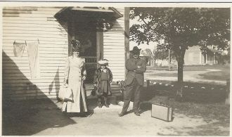 Unknown family at 983 Cilley Rd., Manchester, NH