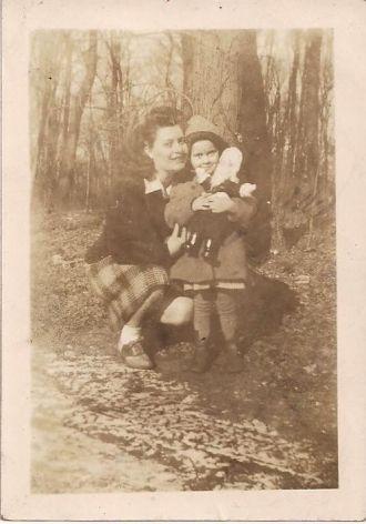 Emma & Ruth Martz