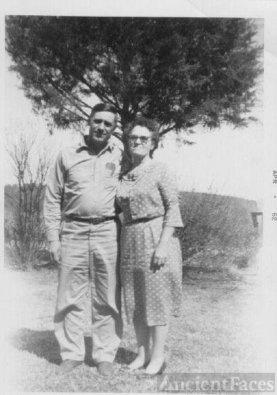 Bessie and Jessie Condley AR