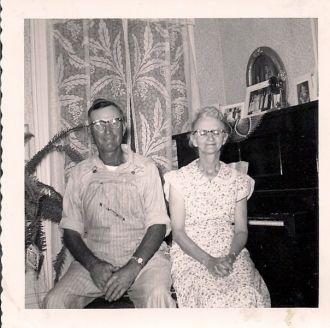 John & Olive (Capes) Friemuth