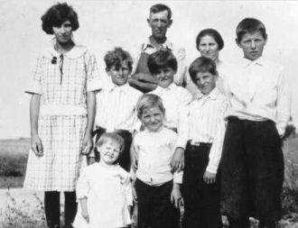 James E.Summers Family