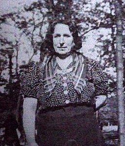 Leonie Enouchy