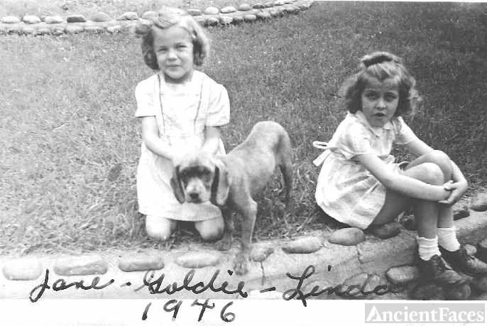 Jane & Linda Lavallee 1946