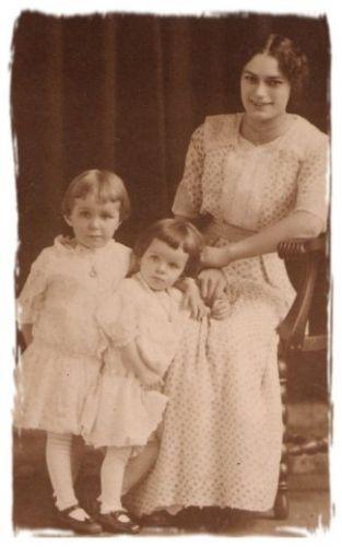 Eastland - Edna & Mildred McCrory