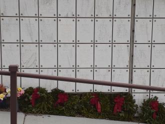 Devere Warner Herring Gravesite