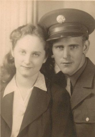 Bert and Mary Elizabeth (Anderson) Mitchell