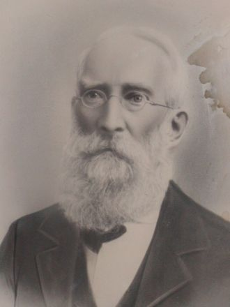 A photo of Peter  Robison