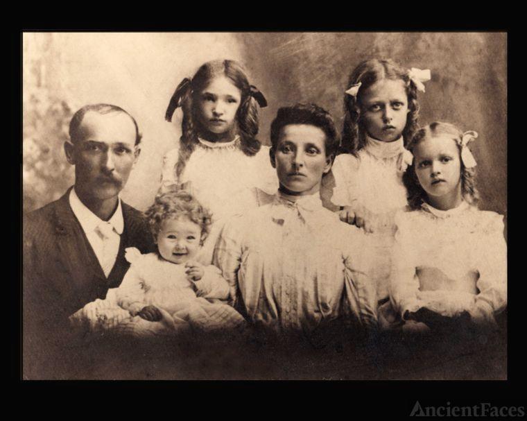 Miller Family photo 1903