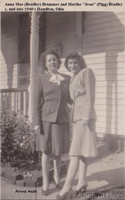Anna Mae and Jean Bradley