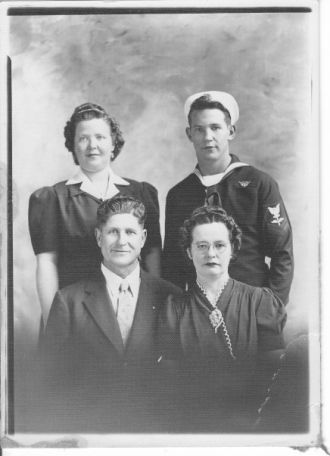 Mabel Turner family and family