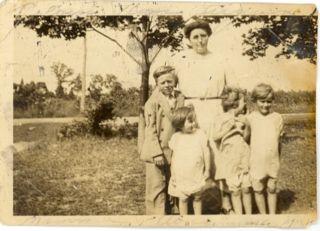 Wilton, Mary, Marie and Marlo
