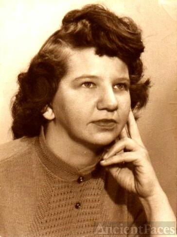 Helen Elizabeth Thayer