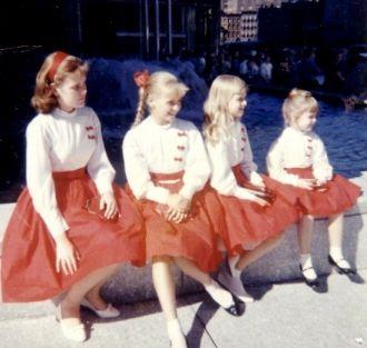 Dort W Clark's daughters