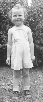 Kathy O'Keefe in sunsuit
