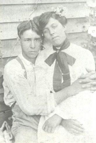 David Roscoe & Marinda Evelyn Conley Hutchinson