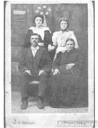 Alexander P. Rudder and Family