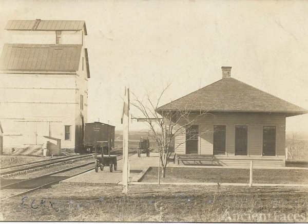 Geuda Springs Elevator and Depot