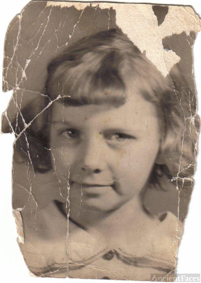 Mom, Age 9