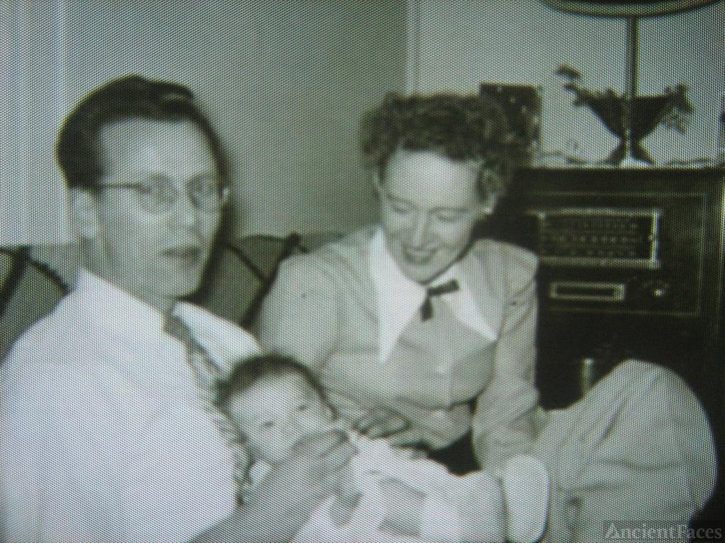 Harold & Wilma Kulackoski, Washington 1950's