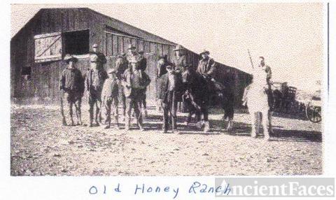 Honey family, 1920's New Mexico