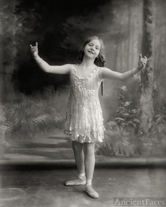 Ballerina Elise Craven