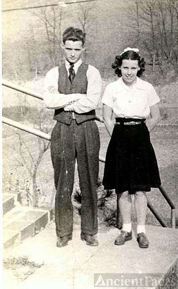 Uncle Ernie and Aunt Cora Roberts