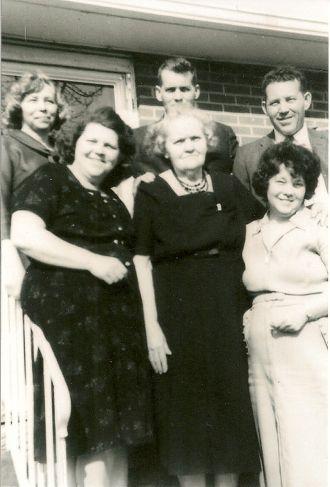 Estella Helen Wilson Shell and family