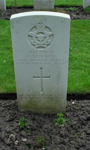 Victor  Stuckey Gravesite