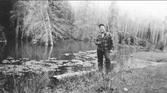 Harry Hooper Hunting Deer