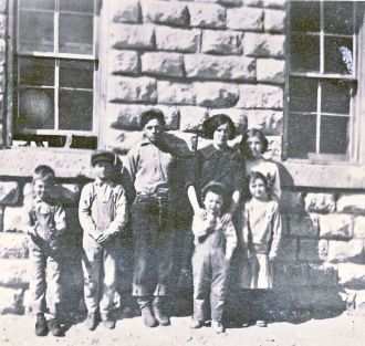 White Mound School 1914