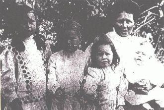 Cena Laura (Ervin) Hutson and daughters