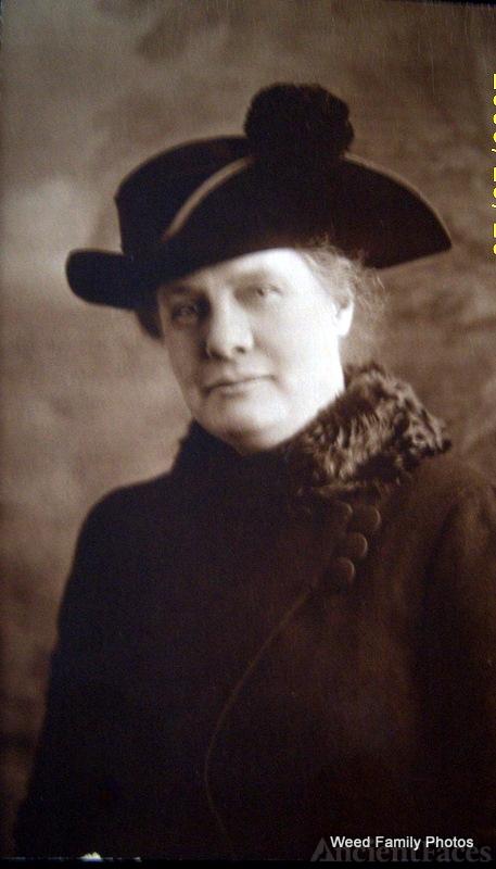 Frances Ten Eyck Walker Weed, 1917