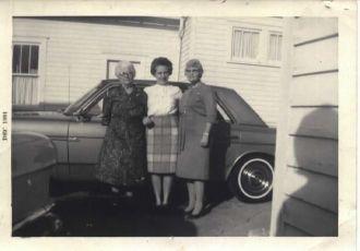 Kathryn & Fannie Swartz, Florence Fink, Ohio 1964