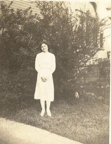Lorraine Lucas abt 1942