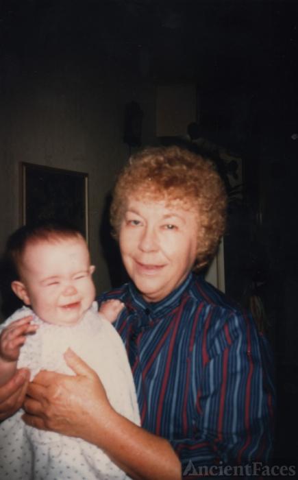 Lola Mae George