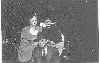 Mattie, Mollie, and Robert Ayres