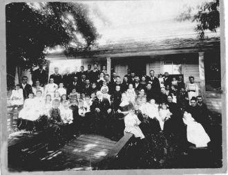 Dr. Louis Bistodeau Family Reunion 1901