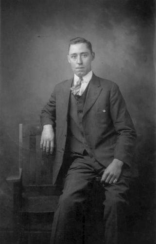 Latosca Raymond Maxey