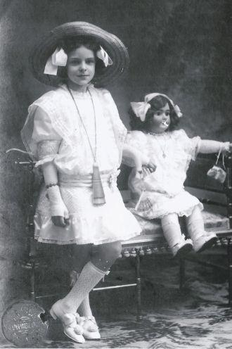 Maria Poirson Carbonell, 1910