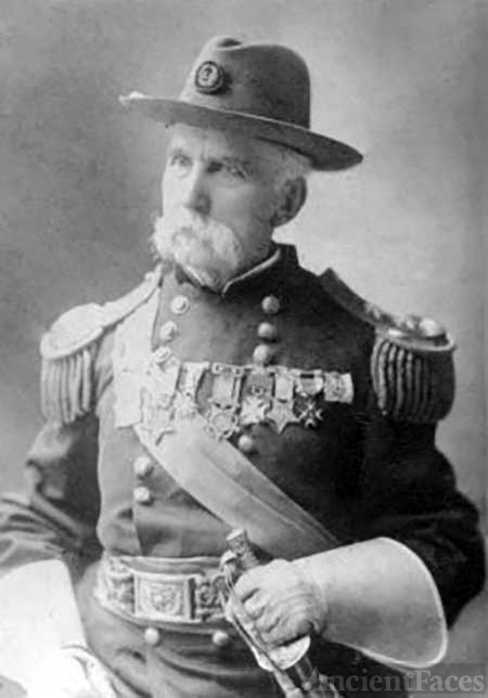 Older Joshua Lawrence Chamberlain