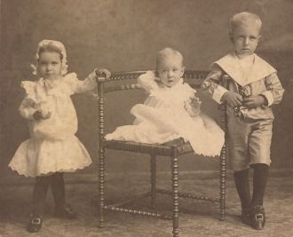 3 young children of John Sartor
