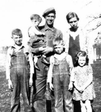Julius & Sarah Crane Family, MO