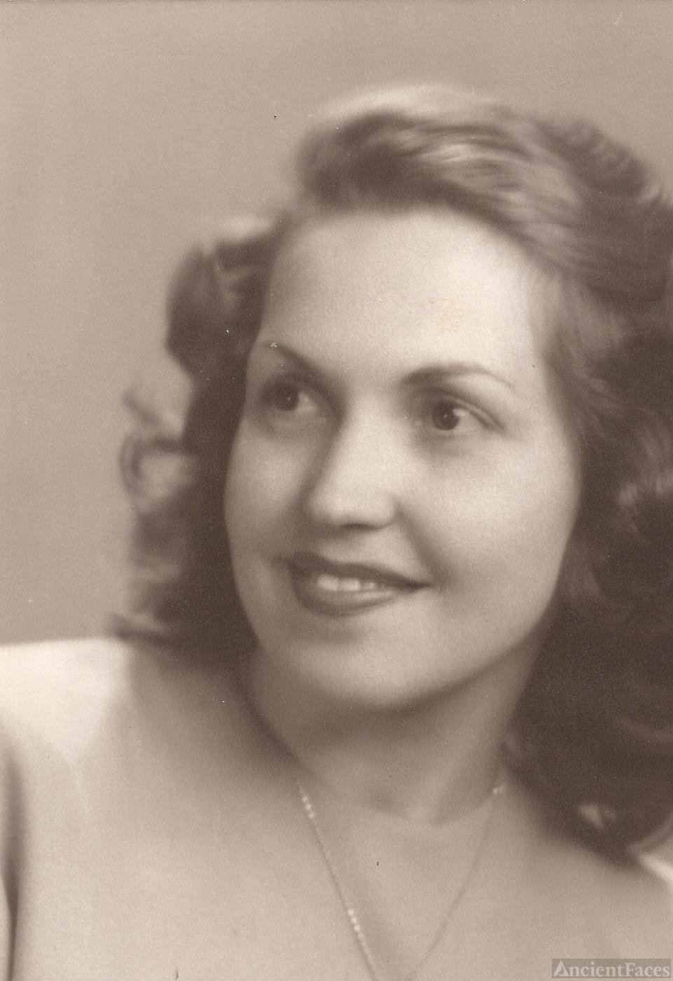 Joan Louise Rouanzoin