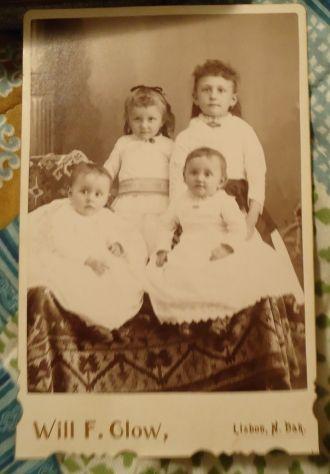 Four unknown children, North Dakota
