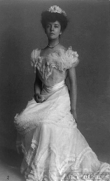 Mrs. Alice (Roosevelt) Longworth