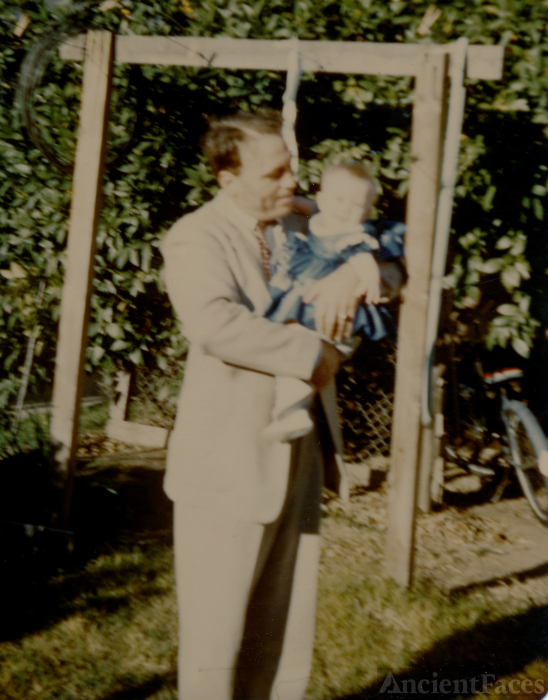 Archie E Sarten